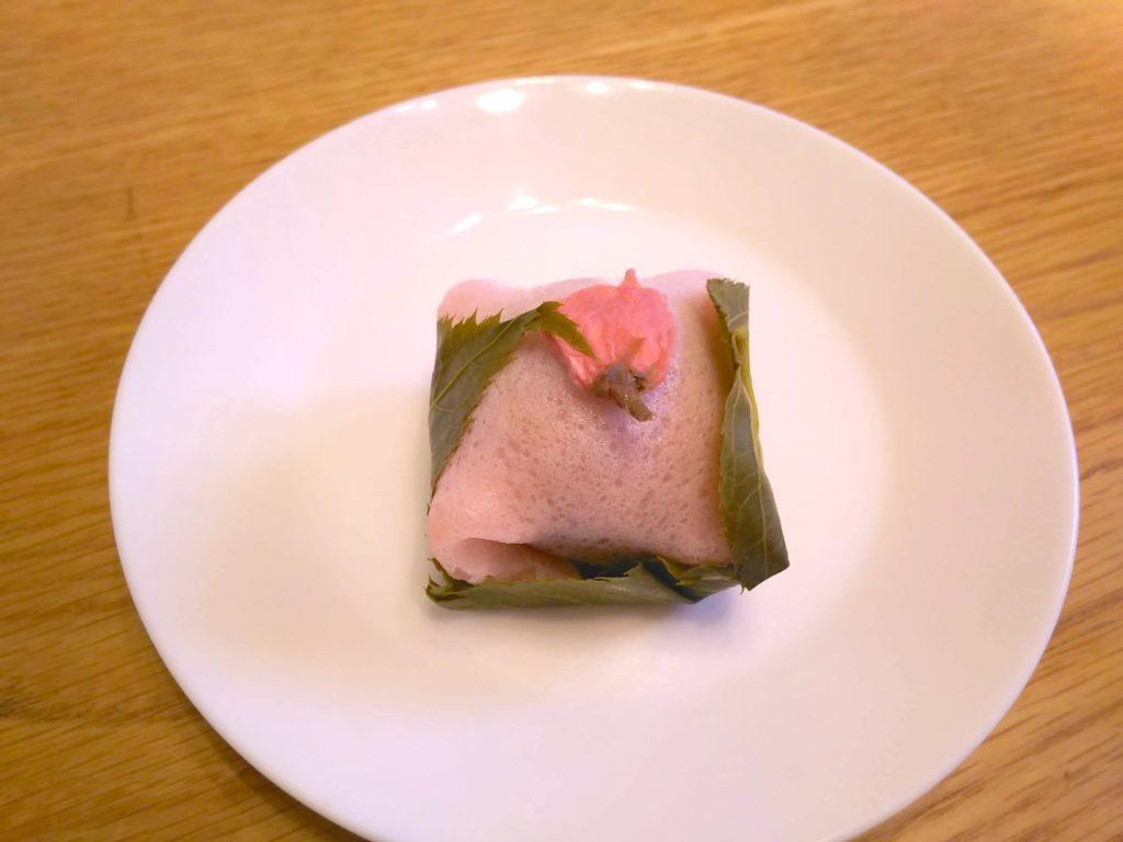 あけぼの桜餅